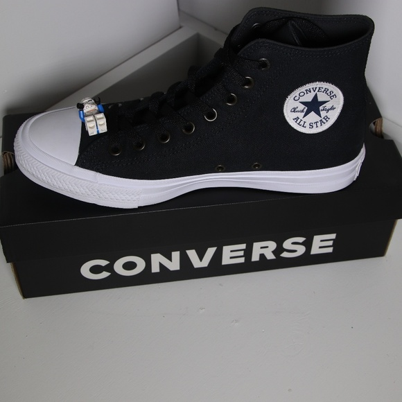 4f67f14e21e9 Converse Chuck 2 Black All Star High Tops